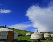モンゴル大草原の旅 その⑤ 大草原の秘湯で癒される