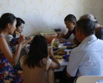 モンゴル最終日、日本食でおもてなし!