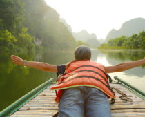 ベトナム世界遺産「チャンアン」で川下り!