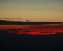 ダージリンの日の出スポット「タイガーヒル」で標高世界3位の山カンチェンジェンジュンガを見る