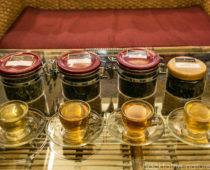 英国王室が愛飲する最高級のダージリン紅茶「ホワイトティー」を飲んでみた