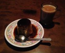 カトマンズで人気のおしゃれカフェでプリン!「Snowman Cafe」