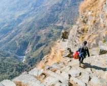 秘境温泉巡りトレッキングDay11(前編)恐怖の断崖絶壁を通ってダルミジャ村へ