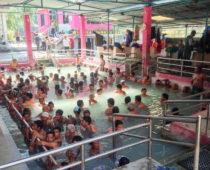 秘境温泉巡りトレッキングDay9(シンハ温泉)ビニールに毛布?衝撃のネパール式入浴法!