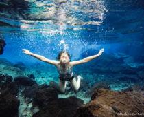 まるでセノーテ?モシ近郊で見つけた超透明な泉「Kikuletwa Hot Springs」とマサイ族